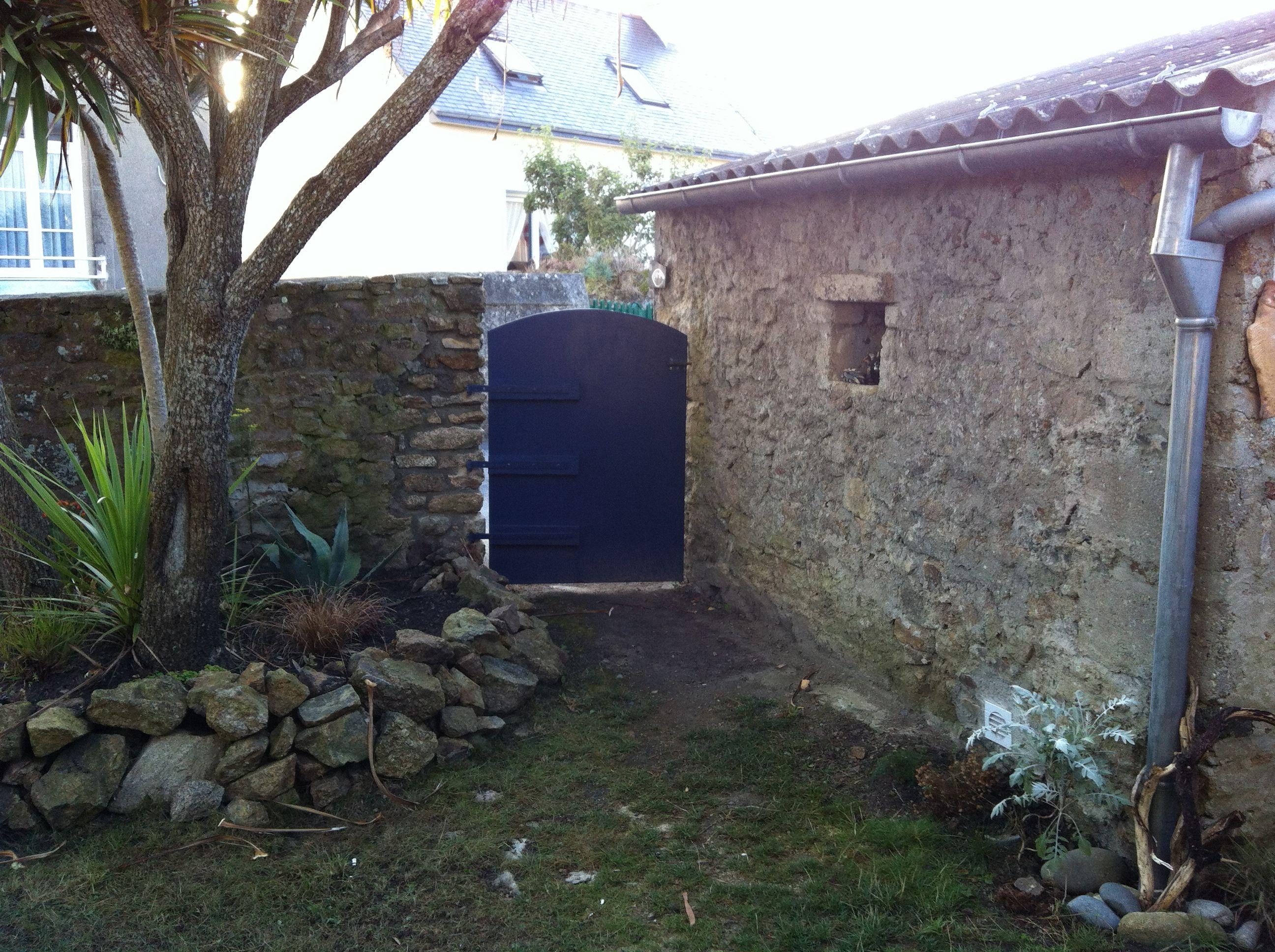 Jardin porte entrée Ti AMA Ouessant